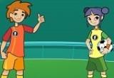 لعبة كرة قدم اولاد وبنات